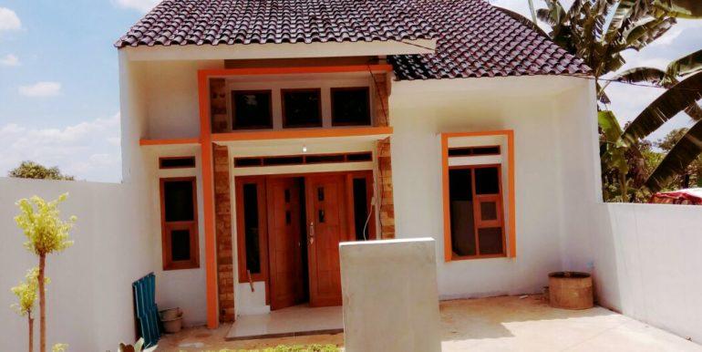 Rumah Tampak Depan 1