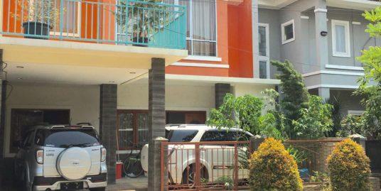 Rumah 2,5 lantai beserta furniture di Prima Harapan Regency Bekasi
