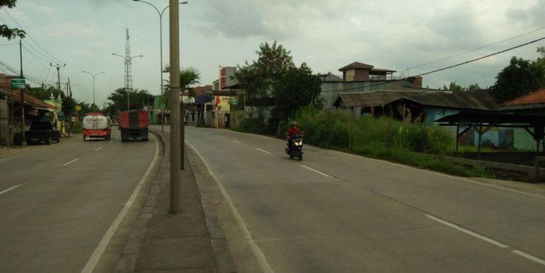 Jalan depan tanah tanjungbaru