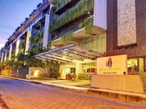 Sing Ken Ken Hotel depan 300x225 - Sing-Ken-Ken-Hotel-depan