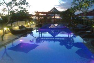 swimming pool 300x203 - swimming pool